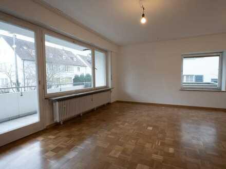 Gepflegte Drei-Zimmer-Wohnung mit Balkon in S-Sonnenberg
