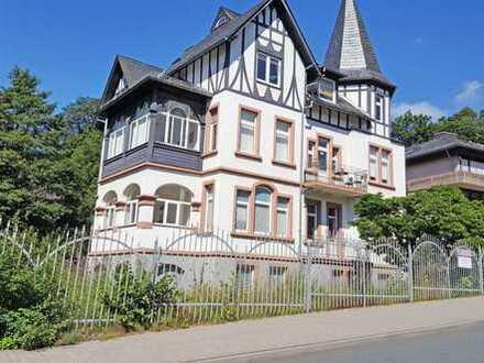 Königstein im Taunus, tolle Gewerbeeinheit im 1. OG einer Stilaltbauvilla mit 4 Pkw-Stellplätzen