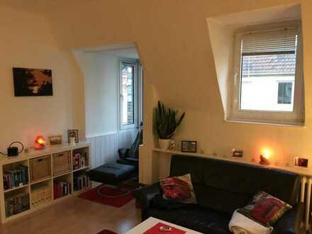 Preiswerte 3-Zimmer-DG-Wohnung mit EBK in Bochum