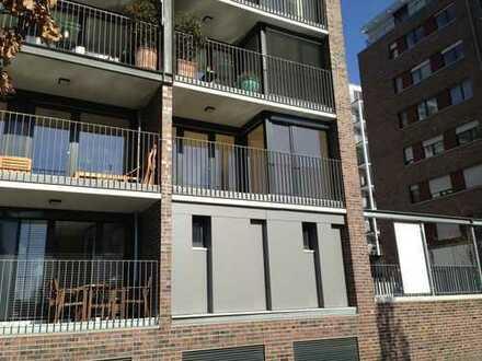 Wunderschöne Zwei-Zimmer-Wohnung im Westhafen - Wasserblick, Sonne und Ruhe!