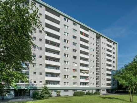 Komplett sanierte Wohnung mit Einbauküche, Waschtrockner und Balkon am Ruhwaldpark