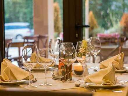 Elegant eingerichtetes Restaurant mit gehobener Küche + 3-Zimmer Wohnung