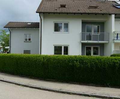 Helle 4-Zimmer-Wohnung in Fischach mit neuer Einbauküche und Balkon