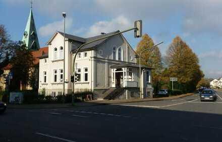 Luxeriöse, möblierte 4-Zimmer Wohnung in einer Jugendstilvilla in Bielefeld-Heepen