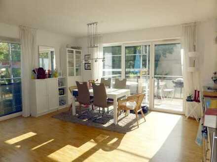 Nähe Uniklinik! Moderne, lichtdurchflutete 3-Zimmerwohnung mit großem Balkon in Augsburg-Kriegshaber