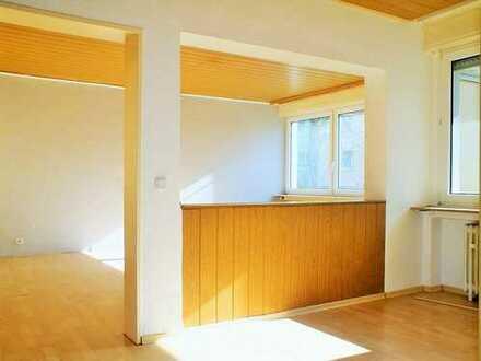 ++PRAKTISCHER WOHNSCHNITT++3-Zimmerwohnung mit Loggia freut sich auf neuen Eigentümer++