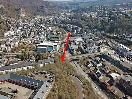 AUKTION: Grundstück in Hanglage - Innenbereich