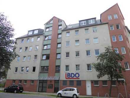 Preiswertes Wohnen für Jung und Alt mit EBK, Balkon und Aufzug