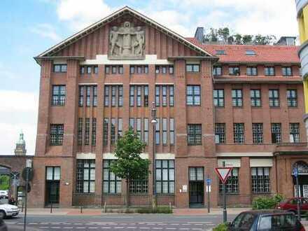 Historisches, denkmalgeschützes Wohn- und Geschäftshaus in zentraler Lage