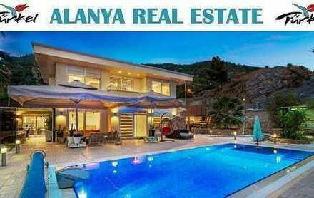 Super Luxus Villa voll möbliert mit privat Pool in ruhiger Lage