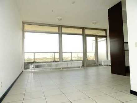 Helles Apartment im Uni-Center mit großem Balkon und Garagen-Stellplatz