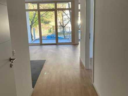 Erstbezug mit Balkon: traumhafte 3-Zimmer-Wohnung in Stadtmitte