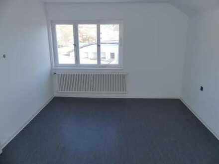 Altbach Frisch renovierte Büroräume