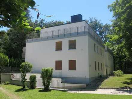 Helle, sehr schöne Penthouse Wohnung in München, Harlaching
