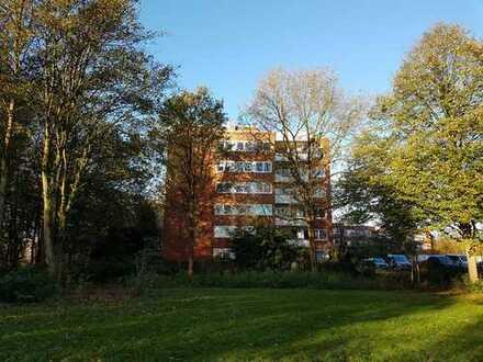 Komplett sanierte, schöne und helle 3,5 Zi. Wohnung in Farmsen-Berne