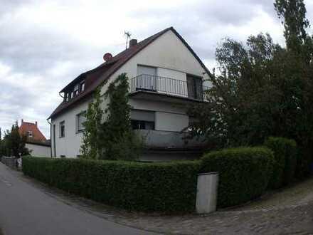 DG-Whg 3.5 Z. , Balkon u. ausgebautem Spitzboden in Seligenstadt
