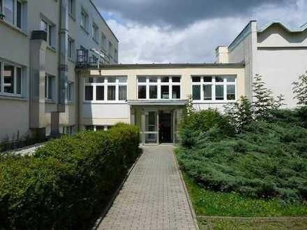 Gut vermietetes Anlageobjekt Büroimmobilie mit guter Anbindung an die B 94