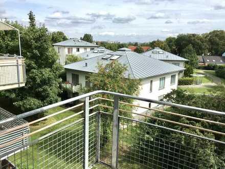 Traumhafter Blick über die Dächer von Schönefeld, 2 Zi mit Balkon