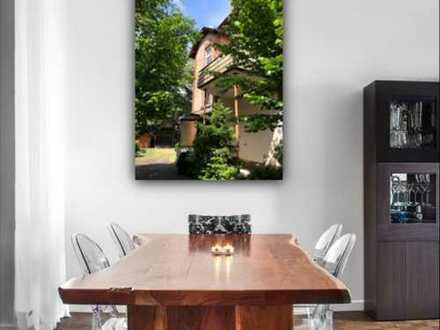 *** Individuell und ruhig Wohnen*** Maisonette im gepflegten Altbau. Garage, Gartenhaus.
