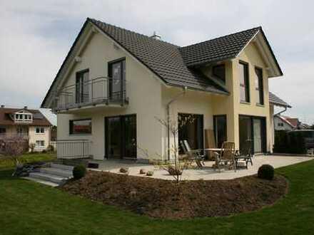 Lichtdurchflutetes, geräumiges EFH in bester Wohnlage in Biberach (Kreis), Mittelbiberach