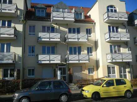 Wunderschöne und ruhige 2-Zimmer-Wohnung mit 3 Balkonen!