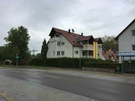 Vollständig renovierte 3-Zimmer-Wohnung mit 2 Balkonen und Einbauküche in Langweid (OT Stettenhofen)