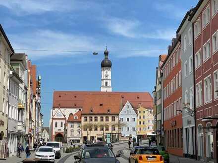 Landsberg Altstadt sehr schöne großzügige 2 Zi. Whg. Balkon, EBK, Keller 1.8.20
