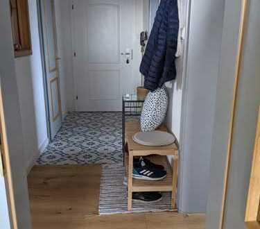 Penthouse-Wohnung mit drei Zimmern sowie Balkon in Augsburg