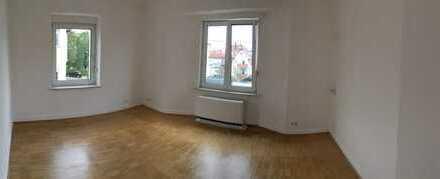 Frisch sanierte 3-Zimmerwohnung EG mit Garten in modernisiertem Jugendstilhaus in Traumlage