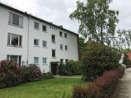 Schöne helle und geräumige drei Zimmer Wohnung mit Balkon in Schwachhausen