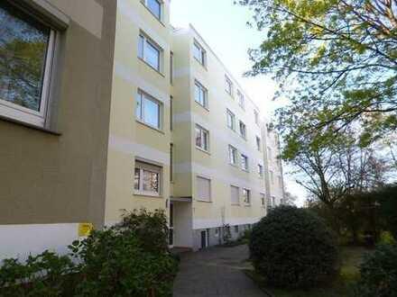 *** Top renovierte und ausgesprochen helle und freundliche 3 Zimmer mit Balkon ***
