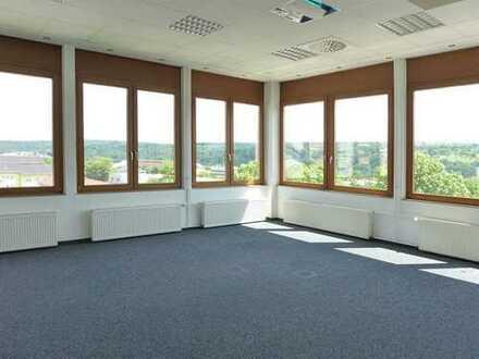 Moderne Büroeinheit mit viel Platz!