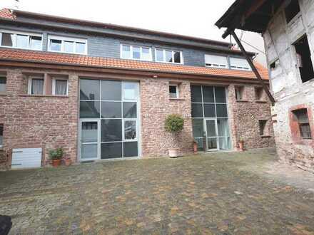 Großzügiges und exklusives Haus in ruhiger Lage in Seckenheim.
