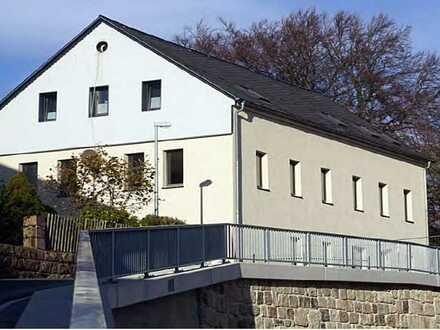 5-Zimmer Wohnung modernisiert mit Einbauküche in Schönheide