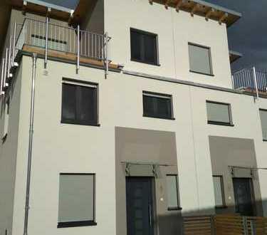 Moderne Doppelhaushälfte Neubau-Erstbezub, Argonnerwiesen, Hanau