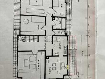 Helle 5-Zimmer-DG-Wohnung mit Balkon und EBK in Kusterdingen-Wankheim