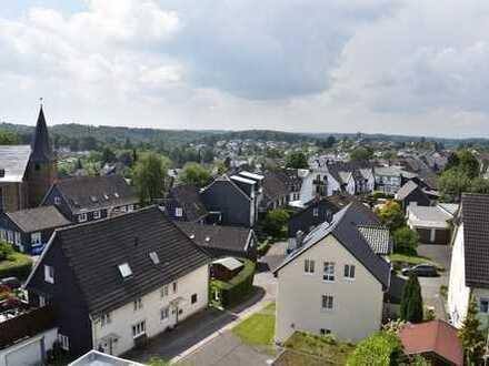 Neubau- Erstbezug: Maisonette- Wohnung in Dabringhausen