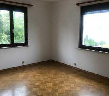 Frei ab 01.03. / großes Zimmer im Haus, Nähe Böblingen, KS 11