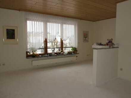 Hübsche 2-Zimmer-Wohnung im Zentrum von Münchberg