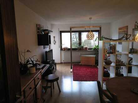 ab 01.06.2021 - helle 3 Zimmerwohnung, I. OG, Balk., Garage + 1 PKW-Stellpl., Hausmeisterserv.
