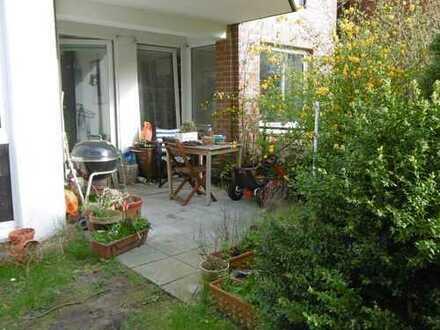 Sehr schöne 3 Zimmer-Erdgeschoss-Wohnung, Einbauküche, Vollbad, West-Terrasse in Neu-Allermöhe-West