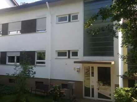Luxuriöse 4 1/2-Zimmer-Wohnung mit vielen Extras, sehr ruhige, gehobene Wohnlage in EM-Windenreute