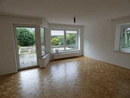 Wunderschöne teilsanierte, renovierte 2-Zimmer-Wohnung am Naturschutzgebiet Mardalwiese in Kirchrode