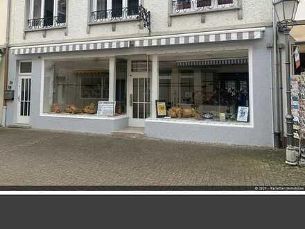 Ladengeschäft in Fußgängerzone von Bad Bergzabern