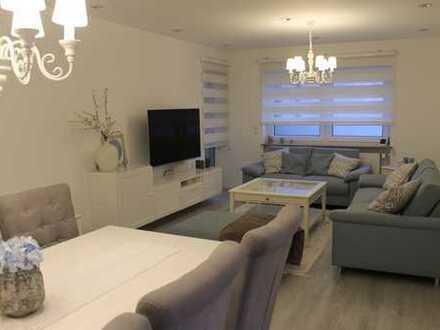 Helle, sanierte 3,5-Zimmer-Wohnung mit Balkon und Einbauküche in Hockenheim