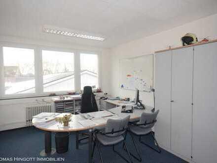 Gepflegte Büro- oder Praxisräume in verkehrsgünstiger Lage