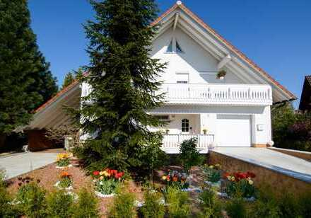 Exklusives, 1- bis 2- Familienhaus, Bj. 1991 in Baunatal-Altenbauna