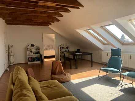 Blick über die Altstadt _ Schöne, ruhige geräumige 2-Zimmer-Wohnung in Nürnberg, St. Johannis