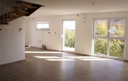Erstbezug: schöne 4,5-Zimmer-Maisonette-Wohnung mit Balkon in Sasbach am Kaiserstuhl