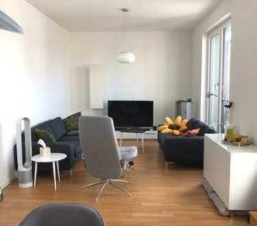 Hochwertige 4-Zimmer-Wohnung in Heerdt- in direkter Nähe zum Rhein!